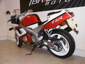 yamaha-fzr400rr-fzr400-like-vfr400-cbr400-gsxr400-zxr400-12.JPG