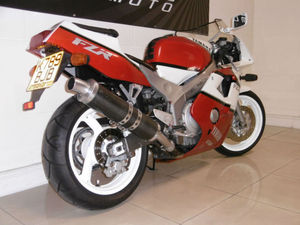 yamaha-fzr400rr-fzr400-like-vfr400-cbr400-gsxr400-zxr400-3.JPG