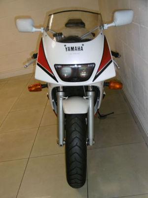 yamaha-fzr400rr-fzr400-like-vfr400-cbr400-gsxr400-zxr400-8.JPG