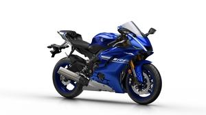2017-Yamaha-YZF-R6-EU-Race-Blu-Studio-001.jpg