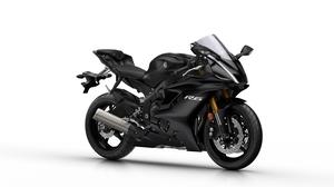 2017-Yamaha-YZF-R6-EU-Tech-Black-Studio-001.jpg